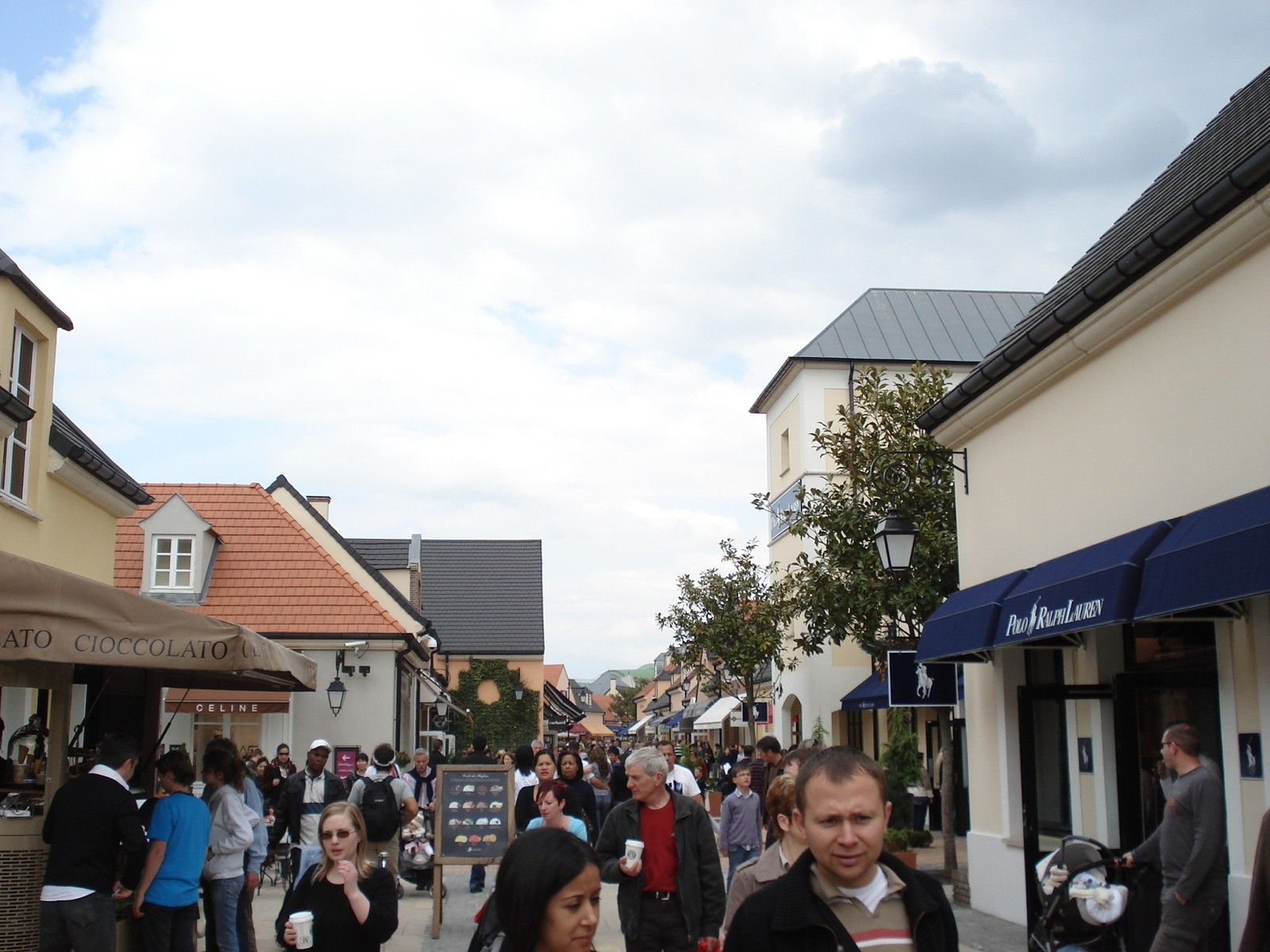 2009_044
